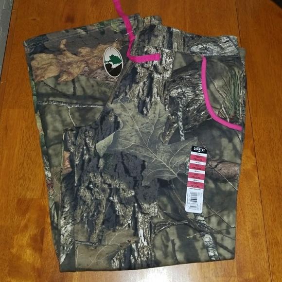 c7f9aadd40013 Mossy Oak Pants | Camouflage Sweat Xxl 20 New | Poshmark